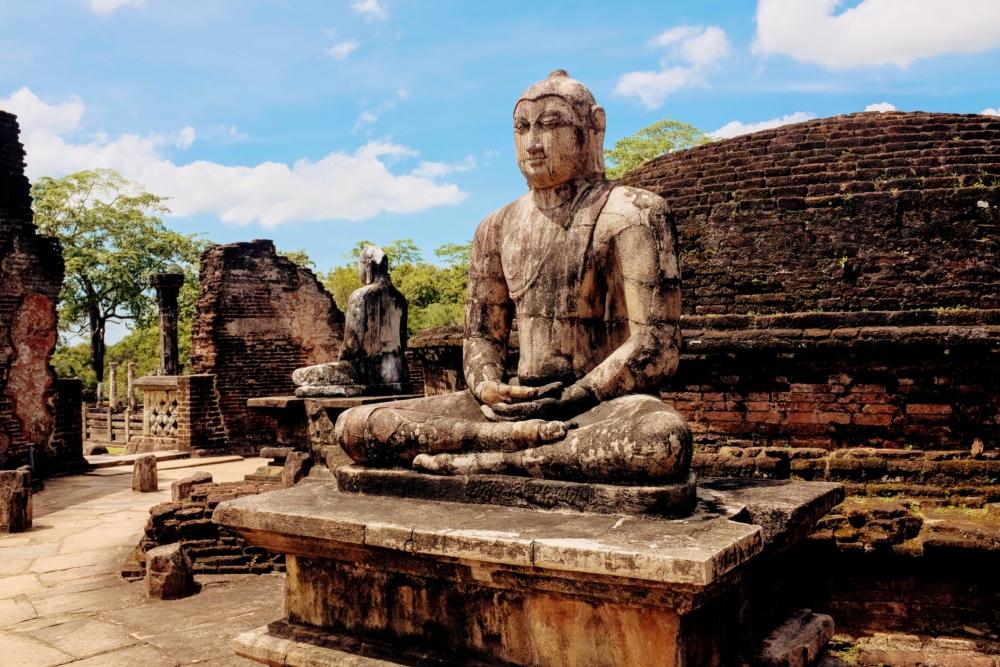 Statue de Buddha sur le site de Polonnaruwa