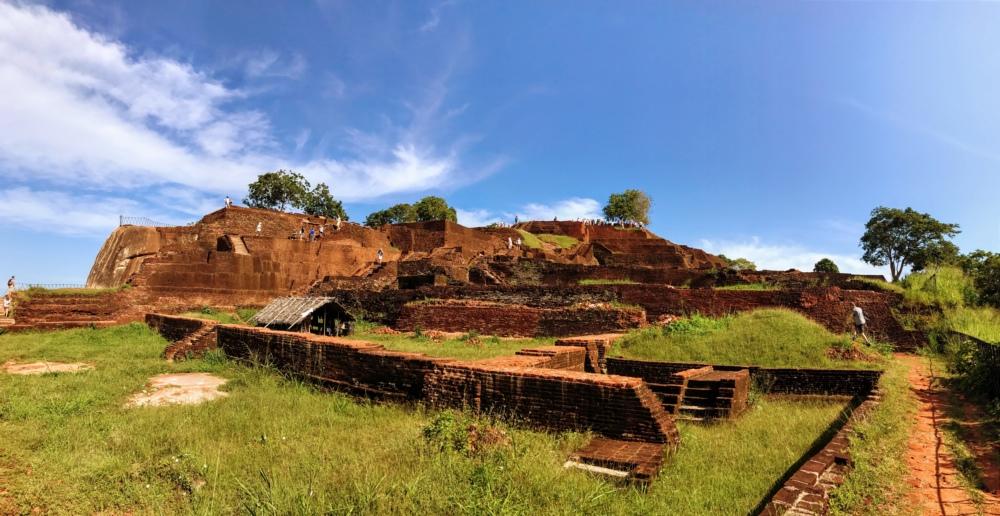 Sommet du rocher du Lion à Sigirya