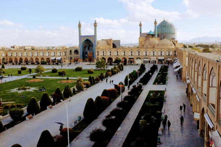 Grande place d'Ispahan depuis la terrasse du Palais